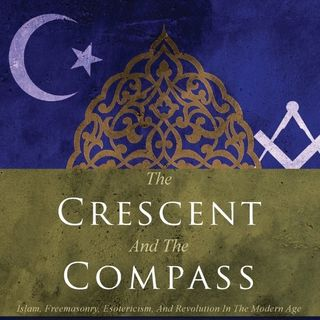 Podcast154 - The Crescent and the Compass with Angel Millar