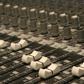 Spreaker Tips Skype Mics & Mixing Boards