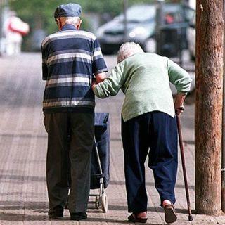 Gobierno apoyará a más de 8 millones de adultos mayores