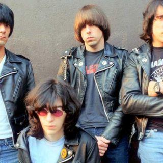 BEST OF CLASSIC ROCK playlist da classikera #1316 #Ramones #PaulMcCartney #wearamask #stayhome #Loki #f9 #xbox #LaRemesaMala