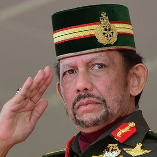 Brunei legalises stoning and whipping gay people