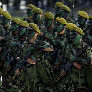 Ejércitos de Centroamérica en peligrosos juegos políticos