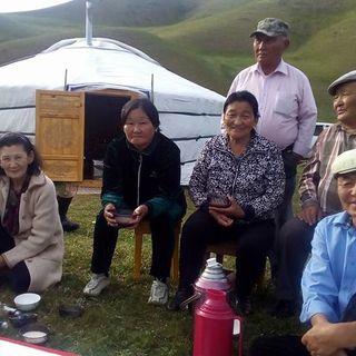 Messaggi in mongolo, satellitari e vodka