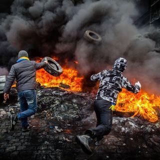 Nuova guerra in Donbass: consenso interno, equilibri geopolitici e giochi di spie