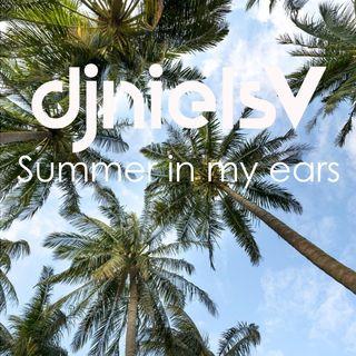 🌴 Summer in my ears 👂🏼☀️🍹