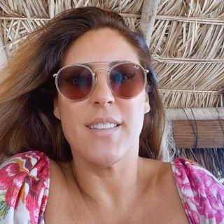 A campeã mundial de bodyboarding Lorraine Lima