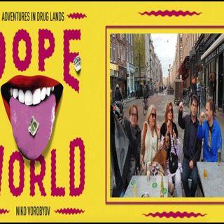 "Steve Brown met Dope World Niko Vorobyov, Corrie aka ""Zorro"" en De Godmother in Amsterdam Noir De Pijp"