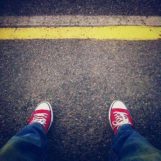 #cg Non attraversare la linea gialla