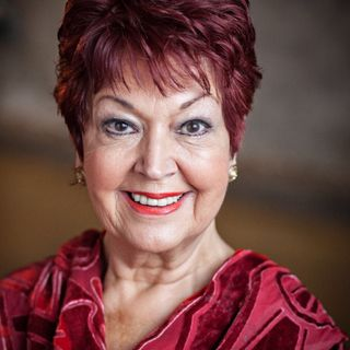 HiDeHi Ruth Madoc - Aging With Grace & Gusto (The KindaHappy Show with Kath Temple)