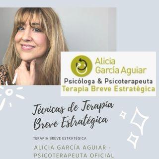Peleas de pareja: ejercicios útiles de la Terapia Breve Estratégica - Alicia García Aguiar, Psicoterapeuta Oficial