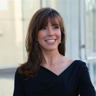 #397 Terri Sjodin Shares the Advantages of a Scrappy Mindset in Small Business