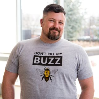 Saving Bees - Naturalist David Mizejeski on Big Blend Radio