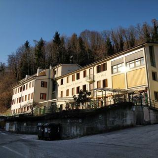 La casa di riposo Penasa festeggia i 100 anni
