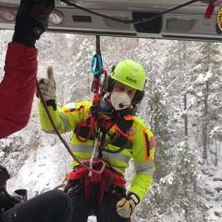 Escursionista vicentino scivola sul ghiaccio per 20 metri sul Grappa: salvato in elicottero