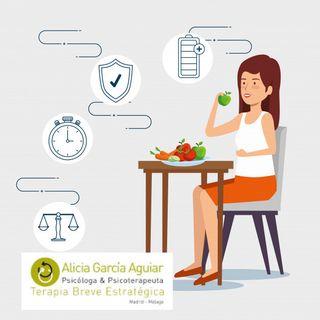 Comer (atracón) y vomitar: consecuencias físicas y psicológicas