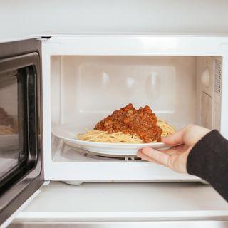 Die Mikrowelle - Vom Radargerät in die Küche