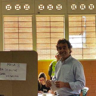 """Ni un peso por un voto"": Sergio Fajardo"