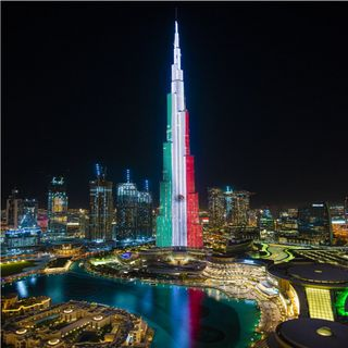 Iluminan al Burj Khalifa con bandera de México