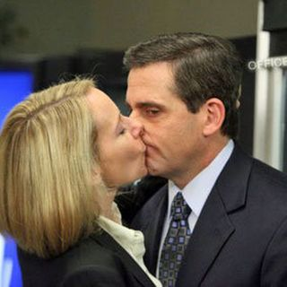 Michael Scott proposes to Holly Flax