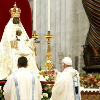 Papa condena violencia contra las mujeres