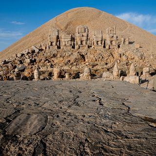 Enigmas de la antigüedad: Los primeros dioses