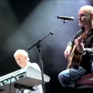 Howard Jones & Nik Kershaw WOULDN'T IT BE GOOD - LIVE -