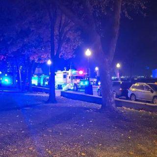 Canada, in abiti medievali accoltella passanti: 2 morti e diversi feriti