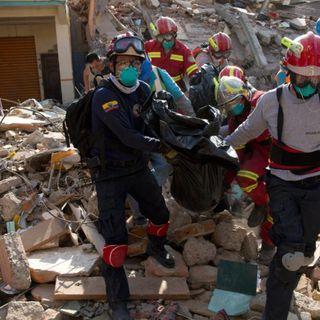 Desgarradoras palabras de una de las Rescatistas en el terremoto de Ecuador. (Audio con descripciones muy gráficas, se recomienda discrecio