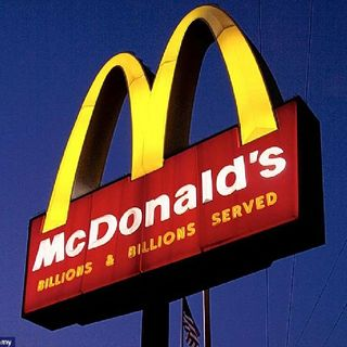 McDonald's In Orange Mound (Memphis) Kick Customers Out!
