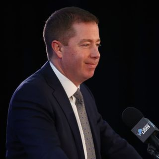 Bob Quinn's Virtual Press Conference, Isiah Thomas' Portrayal, Wearing Sweatpants, & Things You Love That Everyone Hates