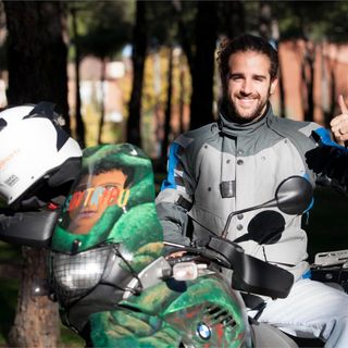 #93  Como Dar La Vuelta Al Mundo En Motocicleta, Con Agustín Ostos.