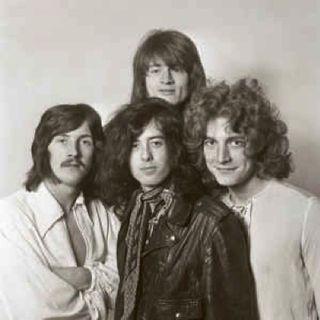 """Al Festival di Venezia arriva """"Becoming Led Zeppelin"""", il docufilm che racconta la nascita e l'ascesa della band. Andiamo poi al 1975....."""