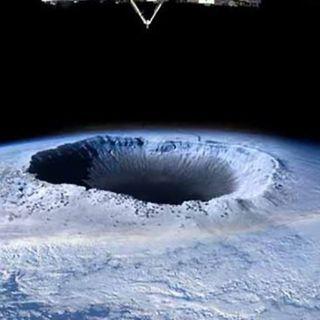 72.1. Aparece otro agujero en la capa de Ozono, señales apocalípticas, once millones de niños a Marte...