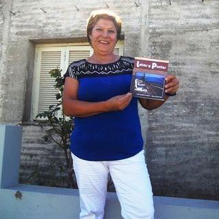 Ana Robledo invita a la presentación de su libro