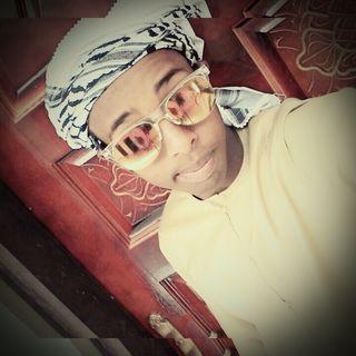 somali men reactor quran kriim surah #anas beutifull voice