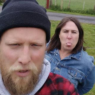 "Owen Colgan & Mama Duck ""Never Mind The Buzzducks"" Episode 4: Live Action Porn In The Bog"