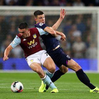 10-man West Ham hold Villa to 0-0 draw
