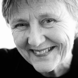 EL CUARTO DE ATRÁS - La profesora, Helen Garner