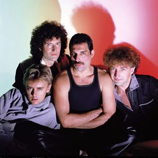 Classicos do Rock o Podcast #1337 #queen #semanaQueen #GnFnR #avengers #whatif #stayhome #wearamask #washyorhands