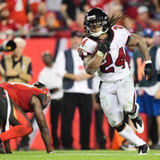 Football 2 the MAX:  Atlanta Falcons Big Win, Controversy Sunday in Week 15