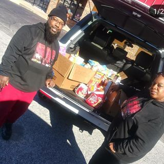 NewMax Radio 2nd Annual Food Drive with ManDeleon and Girlie Girl