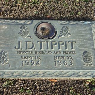Ep. 162 ~ Making Sense of the Tippit Murder