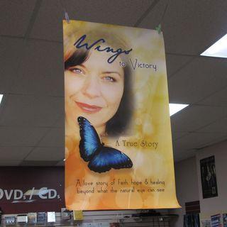 Laurie Marks Vincent [HOPE!] #ArtistSpotlight