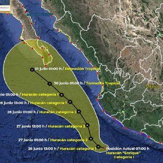 Huracán Enrique se encuentra frente a las costas de Michoacán y Jalisco