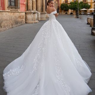Glenview Wedding Dresses