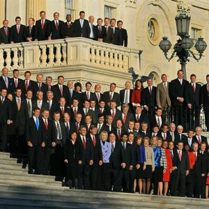 (2010/11/30) The honorable class of 2010 (Elections)