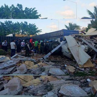 Tres muertos 3 y 7 heridos por tráiler en Veracruz