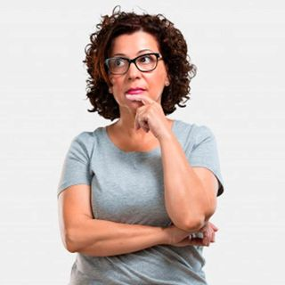 ¿Debo seguir pagando la carrera a mi hija que tras un divorcio regresó a mi casa?