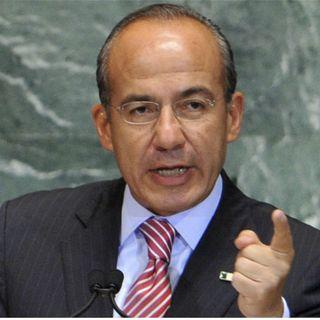 Denuncian al ex Presidente Felipe Calderón por Estela de Luz