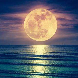 La Luna (Podcast)